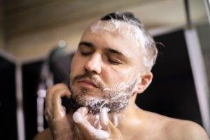limpieza de la barba paso a paso