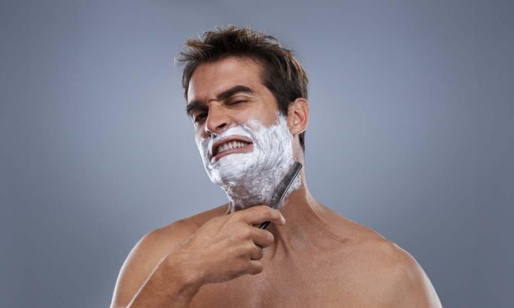 no usar crema de afeitar